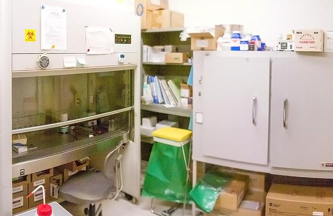 細菌学的検査機器